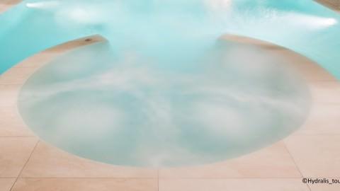 spa-integre-bassin-a-bulles-hydralis